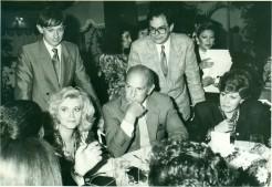 OSCAR DE LA RENTA 2  1989